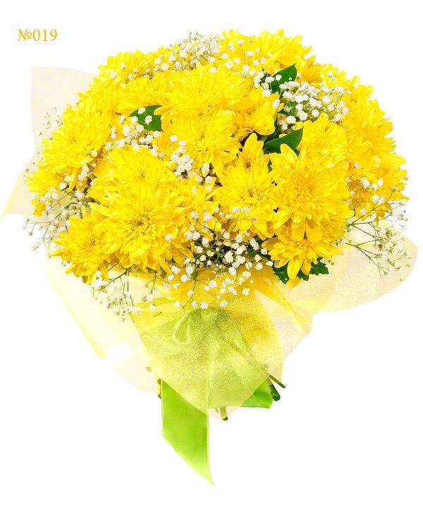 Букет своими руками из хризантем и циний